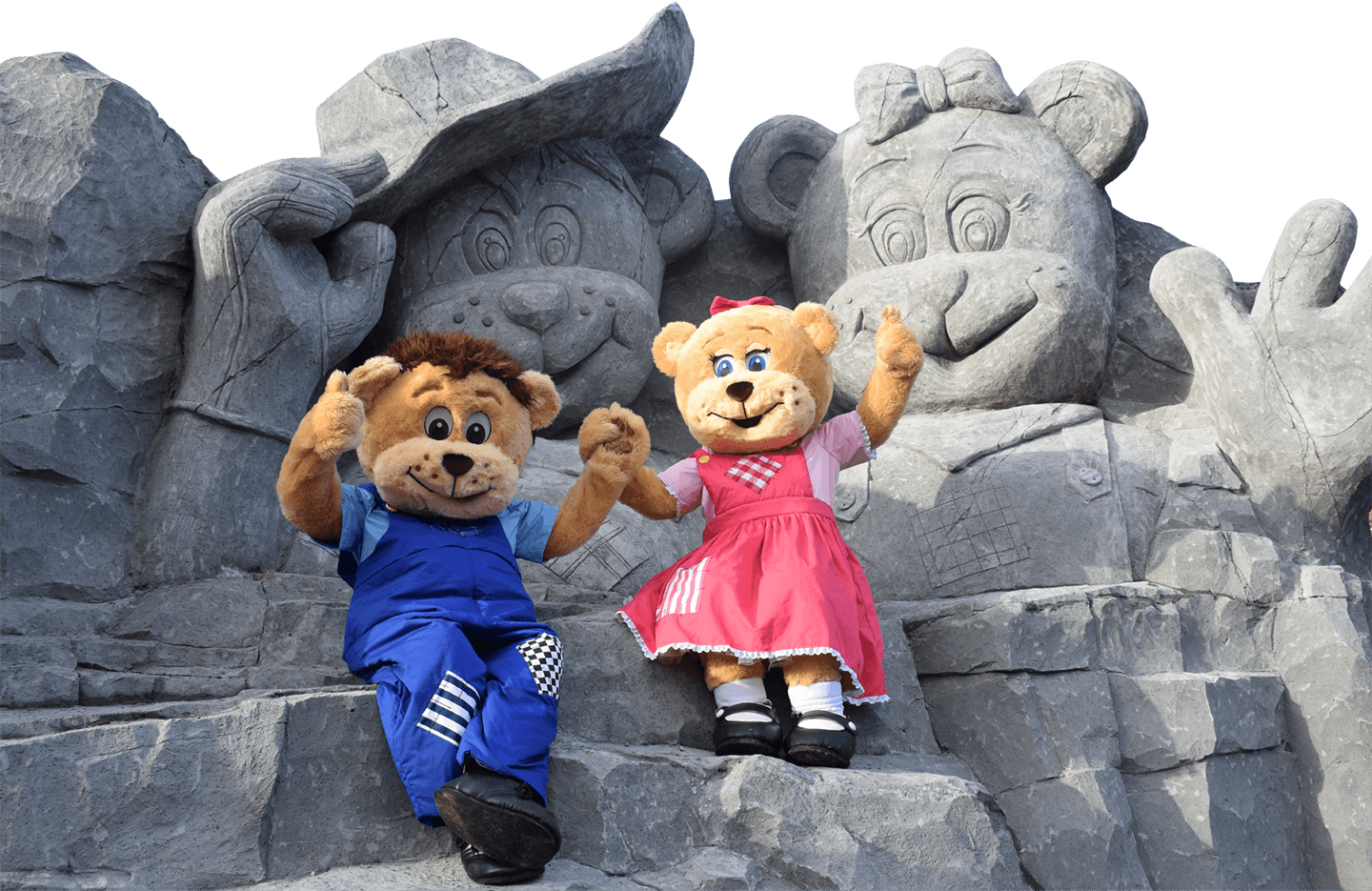 Big Bears and Statues at Sundown Adventure Land